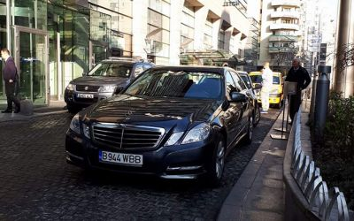 Mercedes la dispoziție